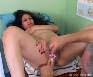 hot sexy ghirl funy pic clips